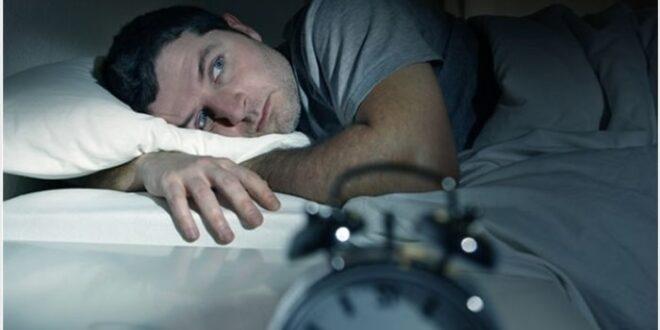 Почему люди мало спят